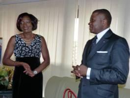 Avec le Ministre Ngallè pendant la remise du diplom